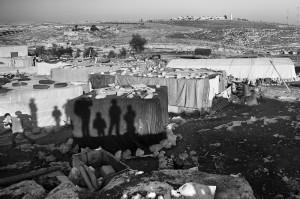 Wieś beduińska na nielegalnego osiedla żydowskiego zwanego Adam na Zachodnim Brzegu Jordanu