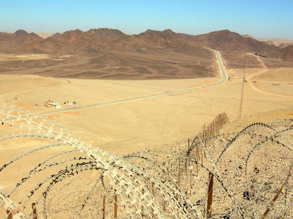 Granica egipsko-izraelska w okolich Ejlatu. Wikimedia Commons. Autor - Wilson44691.