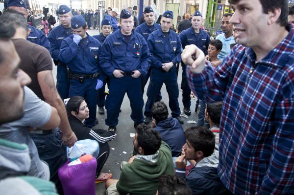UCHODZCY-wegry-refugees